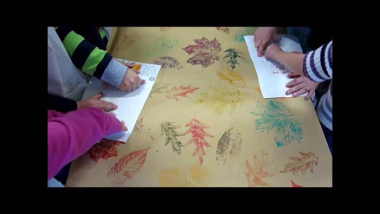 Kunstunterricht in der grundschule herbstbl tter drucken for Basteln herbst grundschule