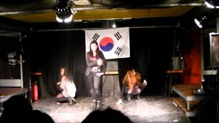 K-pop mashup ( girls dance )