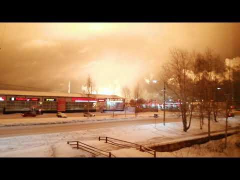 Взрыв на НПЗ в городе Ухта. Вид из окна!