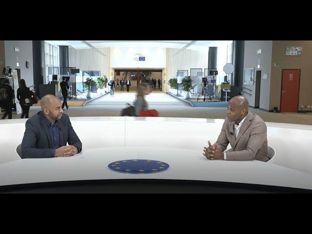 Béa Diallo en entretien UE/Afrique au parlement européen face à Nel Tsopo
