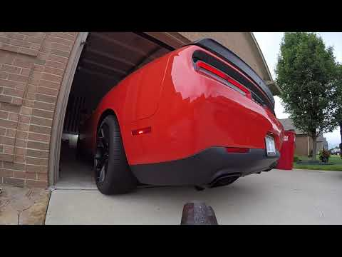 Hellcat Vibrant 1794 muffler cold start and driving acceleration LOUD