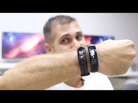 Honor Band 5 vs Mi Band 4   The Choice is NOT Easy !!! 🏃♂️💦