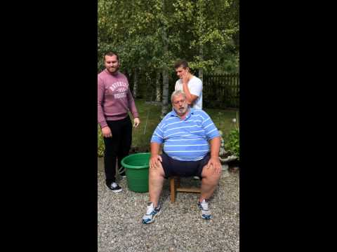 Geoff Capes Ice Bucket Challenge and nominates Prince Harry and Prince William