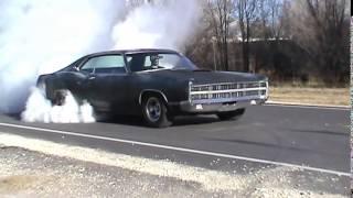Ford Galaxie Burnout!!!!!!!!!!!!!!!!!!!!1
