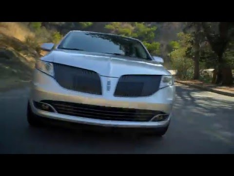 2016 Lincoln MKT Overview