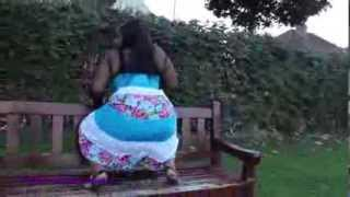 Repeat youtube video BFMTwerk - UK Twerking on park bench