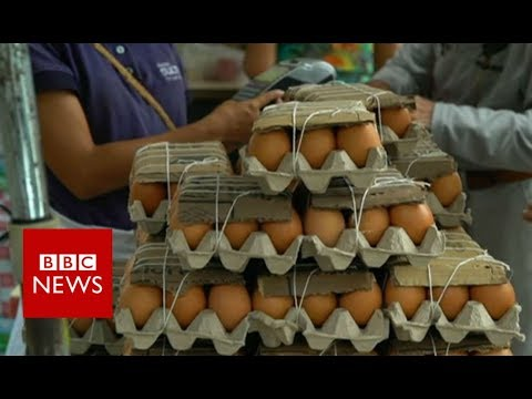 Venezuela crisis: the view from Caracas farmers' market - BBC News