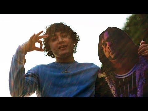 Traphouse (ft. Shoreline Mafia)