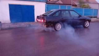 Форд сиерра 1.6 cvh l6b жжом резину(Ford Sierra 1.6 cvh l6b burnout., 2016-05-12T04:09:42.000Z)