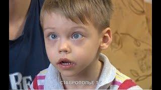 Роковая прививка навсегда изменила жизнь малыша