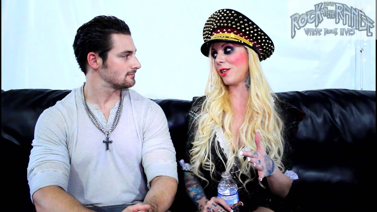 In this moment interview with maria brink at rock on the - Maria brink pics ...