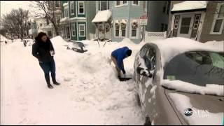 This Blizzard-Stranded Woman Really Needs to Get to Work1:53