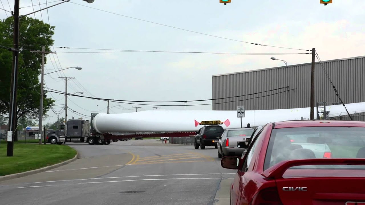 Lincoln Electric Wind Turbine Blade arriving   YouTube Lincoln Electric Wind Turbine Blade arriving