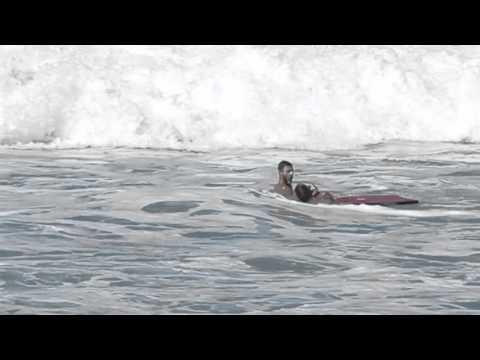 Andre Botha Rescues Evan Geiselman at Pipeline