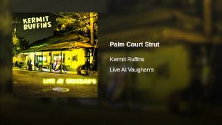 Palm Court Strut