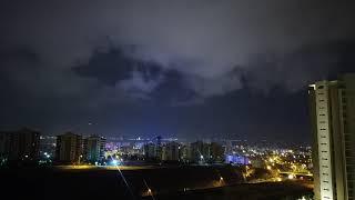 Gök Gürültülü Yağmurlu Bir Gecede Siz Uyurken Sabaha Kadar Ne Oluyor?