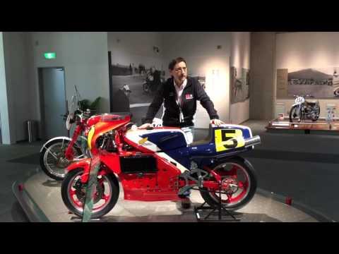 museo honda vi raccontiamo il debutto della nr  pistoni ovali nel   silverstone youtube