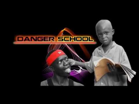 Comédie des élèves ( DANGER SCHOOL )