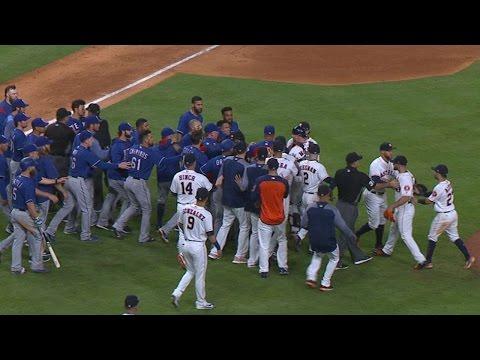 TEX@HOU: Tempers flare between Rangers, Astros