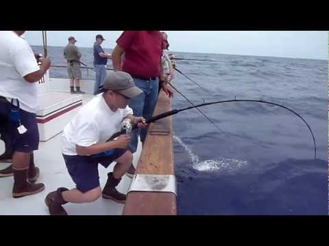 Red Rooster 3 - Rob's yellowfin tuna 113.8lb - Full video