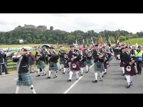 Pipe Band - The Green Hills of Tyrol
