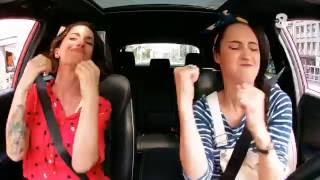 Singing in the car | Lodovica Comello e Andrea Delogu indiavolate! |