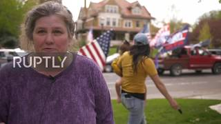 """USA: Protesters demand end to lockdown in front of Minnesota governor""""s residence"""