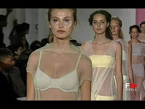 DKNY Spring 1999 New York - Fashion Channel