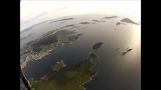 Paraglider opptrekk fra Rota ved Florø by.