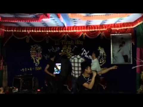 Hi歌越南男生a vietnamese boy sing song
