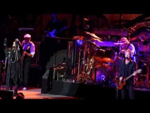 "FLEETWOOD MAC - ""Rhiannon"" Live Bercy, Paris - France (11/10/2013)"