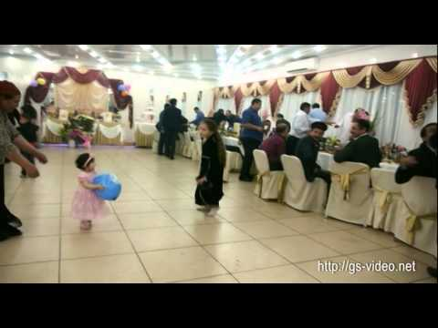 Танцуют дети, танцуют семьи, танцуют все!!!