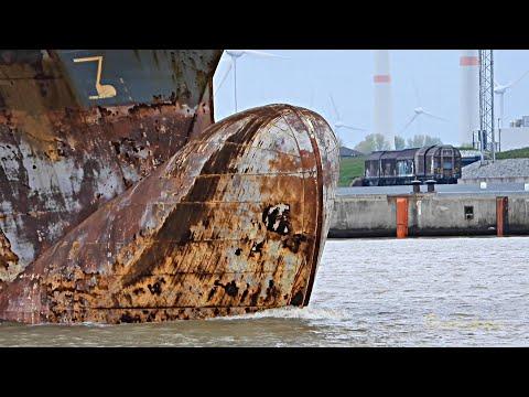 Containerschiff ANINA zu EWD Emder Werft Emden dockyard bound container ship CQYU IMO 9354351 EPAS