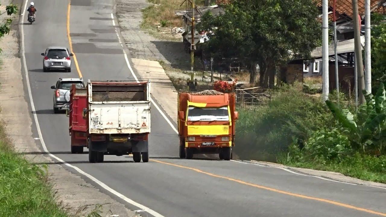 Truk Mitsubishi Ragasa Di Tanjakan Tinggi Lintas Sumatera - Indonesia Road Truck