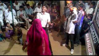 Repeat youtube video Best Rajasthani Dance in Marriage Party- Jitu & Manish TOGAS