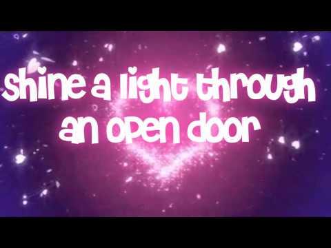 We Found Love- Rihanna ~Lyrics~ [WITH SPARKLES!]