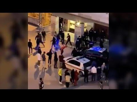 Corriere della Sera: Livorno, sassi e bastoni contro i carabinieri durante controllo anti-Covid