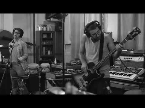 Mountains of Illusion (Feat. Jamie Lidell) - Misteur Valaire [Live Session in Studio]