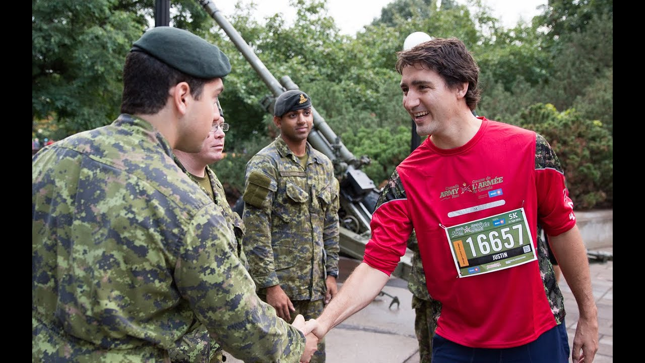 Canada Army Run / Course de l'Armée du Canada 2014 - YouTube