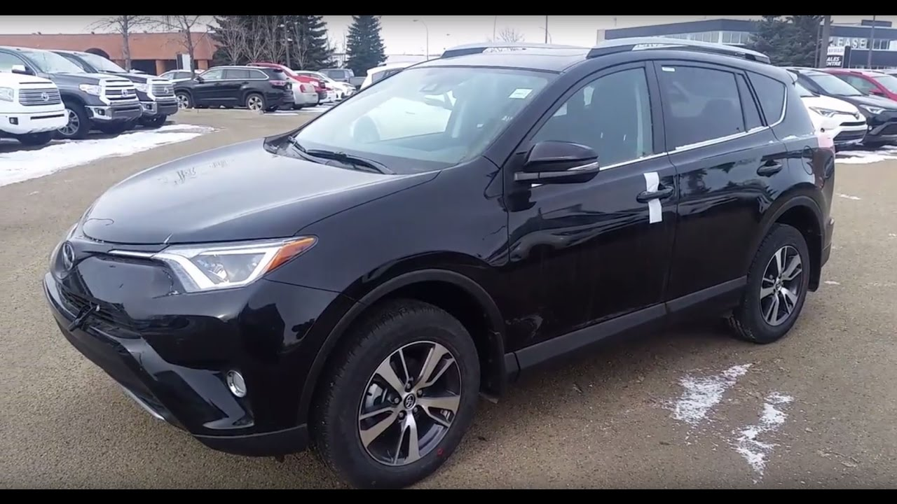 2017 toyota rav4 xle awd in black review and walk around test drive youtube. Black Bedroom Furniture Sets. Home Design Ideas