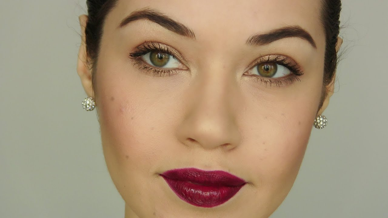 Dark lip makeup look