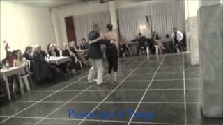 PAMELA DAMIA y FACUNDO GIL JAUREGUI Bailando el Tango MALANDRACA en FLOREAL MILONGA