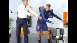 Mbappé and Neymar imitating fortnite dances