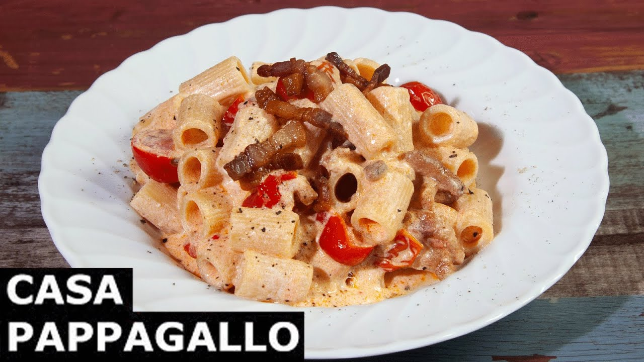 Pasta pomodorini ricotta e pancetta S2 - P20
