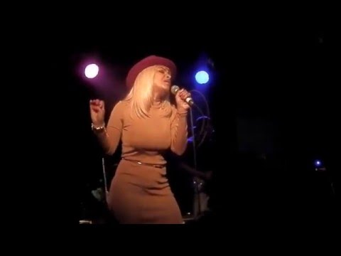 Teedra Moses - Caught Up (Live)