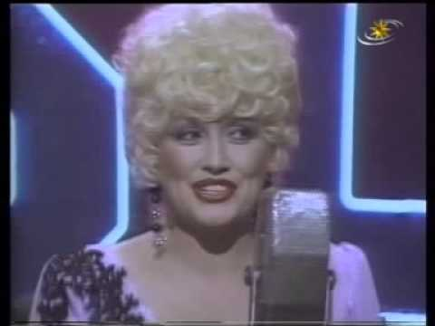 Dolly Parton & Kenny Rogers - Christmas Without You - YouTube