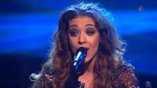 Sandra Carrasco canta unos fandangos de Huelva