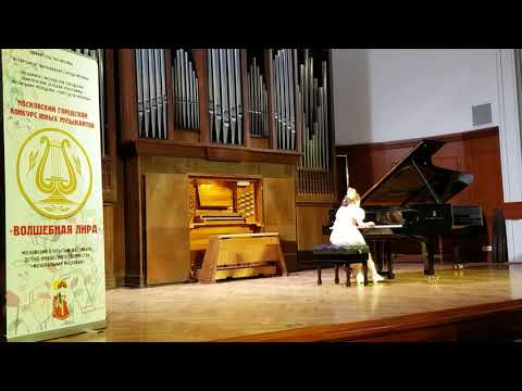 Kitty in Moscow State Conservatory playing Spring Walz by Shostakovitch