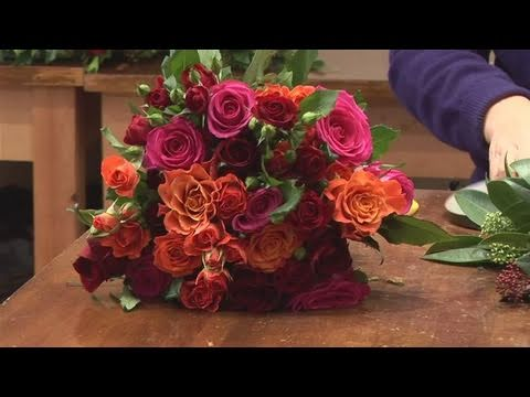 how to make wedding arrangements