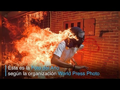 "Foto de AFP de Venezuela ""en llamas"" gana World Press Photo"